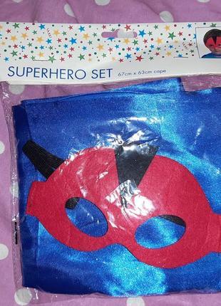 Карнавальный костюм маска+плащ супер героя.