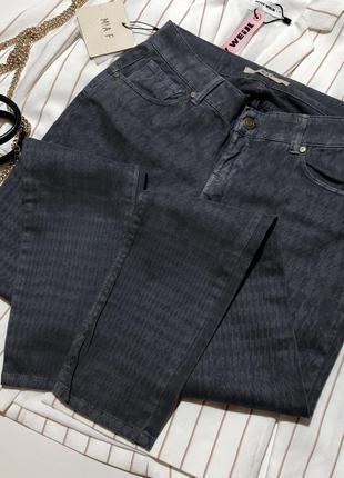 Новые джинсы штаны италия  в гусиную лапку принт mia f made in italy