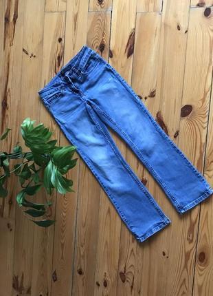 Идеальные укорочённые голубые джинсы стрейч от next. р-р s