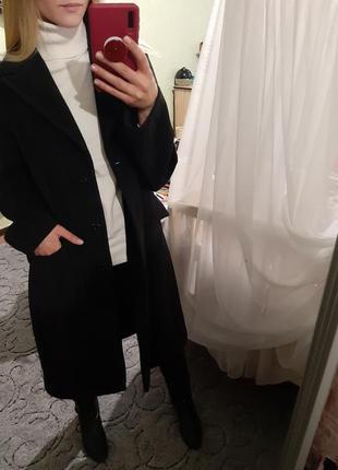 Шерстяное пальто миди в актуальную полоску