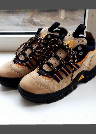Замшевые, демисезонные ботинки-кроссовки adidas
