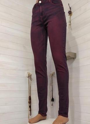 Стильные джинсы  размер l-ка  29\30 джинсовый