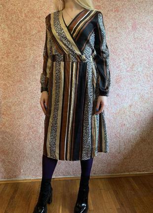 Платье шёлковое миди с принтом. made in italy