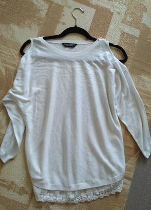 Белый свитерок из открытыми плечами1