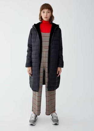 Длинное стеганое пальто pull&bear
