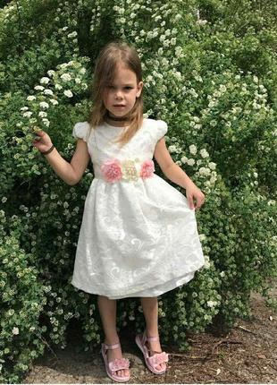 Роскошное нарядное платье на девочку, снижаю цены, пока отправки возможны