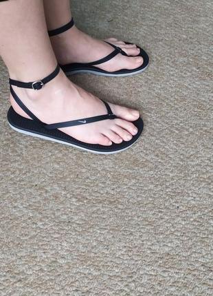 Черные сандалии/вьетнамки/босоножки nike 40р пляжные