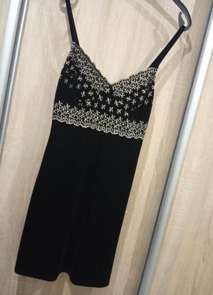 Брендовое платье маленькое чёрное платье франция