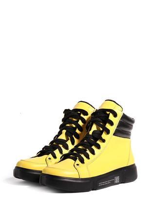 Яркие желтые кожаные женские спортивные высокие демисезонные ботинки кеды натуральная кожа