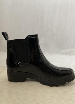 Чёрные резиновые ботинки ovs