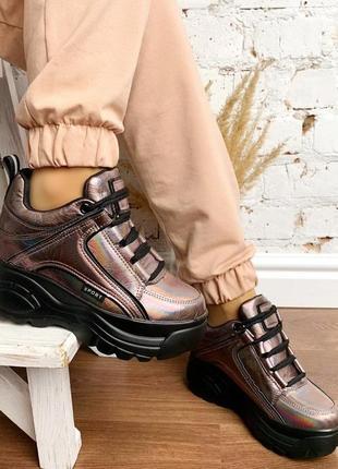 Новые шикарные женские коричневые кроссовки