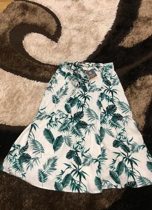 Фирменная юбка на запах , натуральная ткань