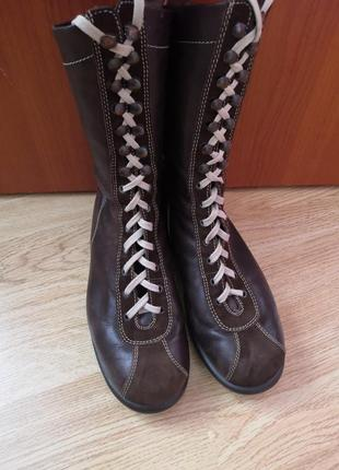 Демисезонные кожаные ботинки бренда camper, размер 38