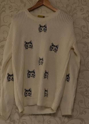 Oversize свитер с кошечками