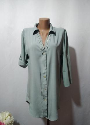 Асимметричная рубашка с декором цвета полыни