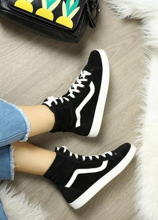 Черные замшевые женские спортивные высокие демисезонные ботинки кеды натуральная кожа