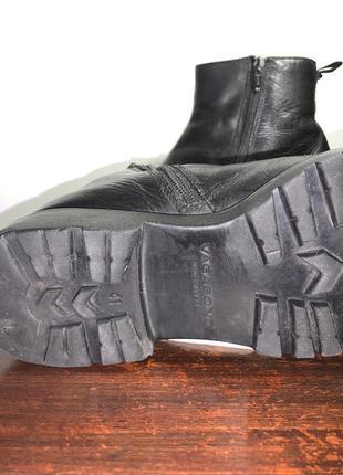 Тёплые кожаные ботинки  vagabond shoemakers