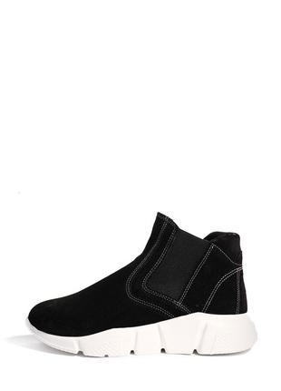 Замшевые женские черные демисезонные спортивные ботинки на массивной платформе кожа