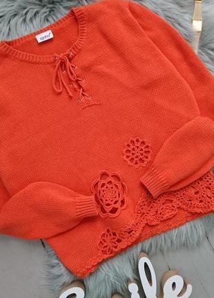 Котоновый свитер со шнуровкой и декором №12max