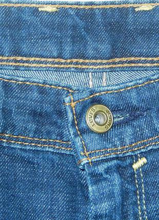 Levis джинсы в отличном состоянии,s/m на невысокий рост3