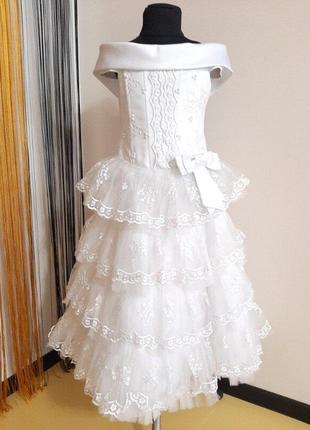 Нарядное платье белое красивое р.128-134