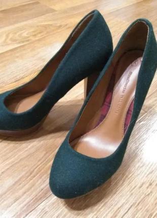 Новые туфли stradivarius