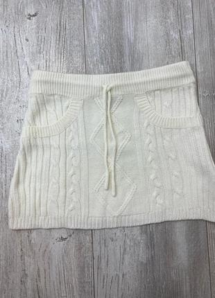 Белая вязанная юбка terranova!