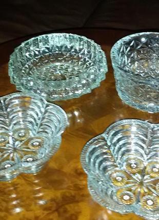 Набор- 4 вазы, хрустальные,для салатов, конфет, фруктов-набор из 4 штук.