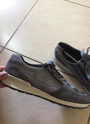 Кожаные кроссовки на шырокую ногу clarks