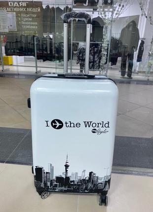 Чемодан сумка валіза на колесах дорожная поликарбонат польша средний