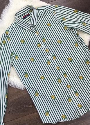 Стильная рубашка с ананасами