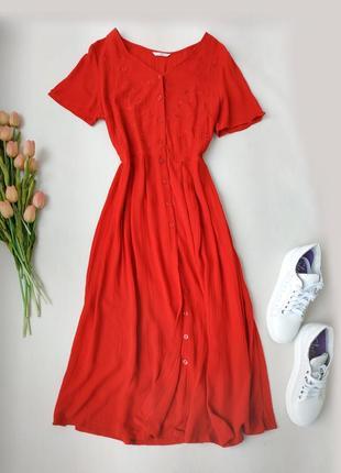 Красное платье на пуговицах миди свободного кроя от m&s размер м-l