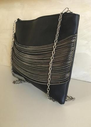 Кожаная сумка кросс боди клатч декорированный цепочками nuna lie