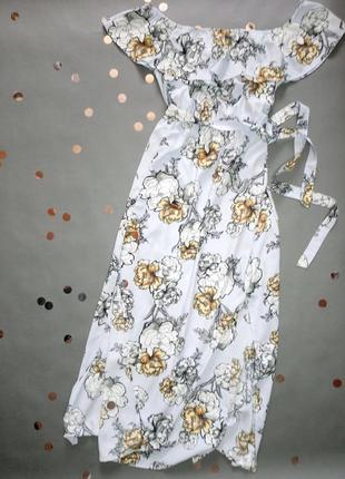Длинное платье в цветы на плечи river island