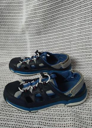 Clarks кожаные оригинальные босоножки кроссовки 35