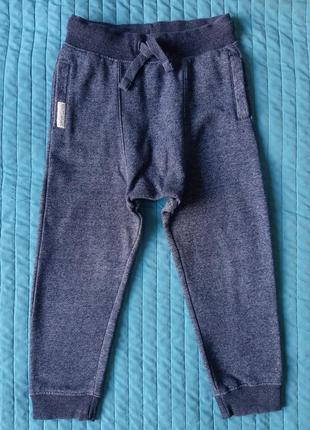 Спортивные штаны теплые f&f 6-7л. 116-122см