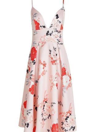 Платье персиковое розовое бежевое цветы миди стрейчевое новое с бирками boohoo