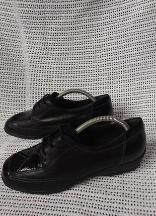 Ara кожаные оригинальные полуботинки 40