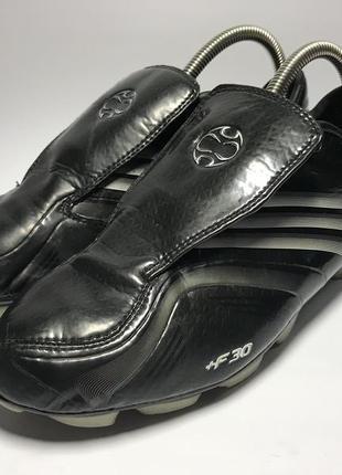 Футбольные бутсы adidas f30