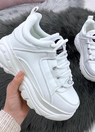 Белые кроссовки,криперы ,слипы,на толстой подошве