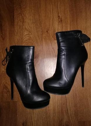 🔥🔥🔥женские черные демисезонные ботильоны, ботинки lena meliani 40 р.🔥🔥🔥