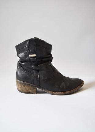 Ковбойские ботинки на каблуке / ковбойські чоботи на каблуку