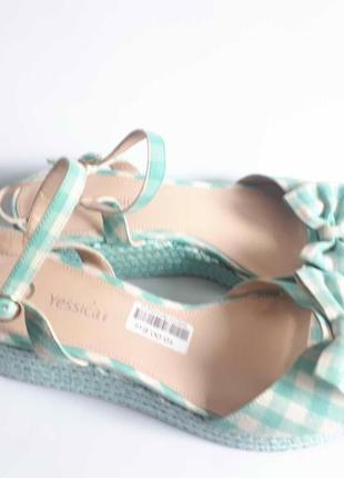Новые босоножки сандалии yessica размер 40