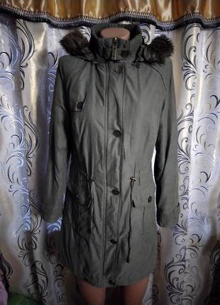 Демисезонная женская куртка парка per una