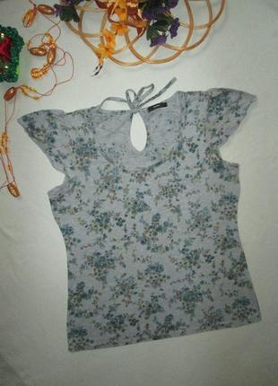 Хорошенькая стрейчевая футболка серый меланж в цветочный принт george