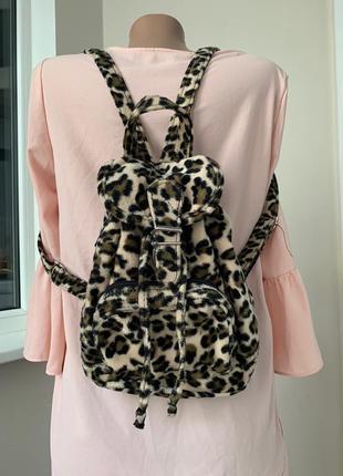 Леопардовый плюшевый рюкзак