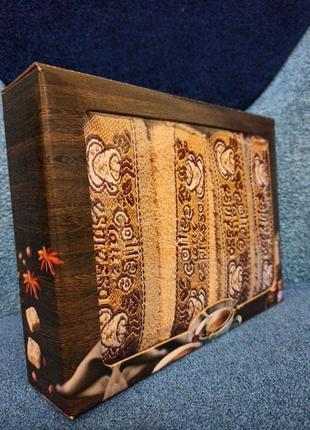 Подарочный комплект махровых полотенец 4 шт 25*50