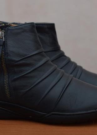 Женские кожаные ботинки, сапоги, полусапожки clarks, 37.5 размер. оригинал