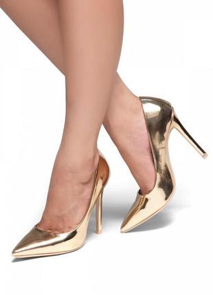 Золотые туфли лодочки, очень элегантные