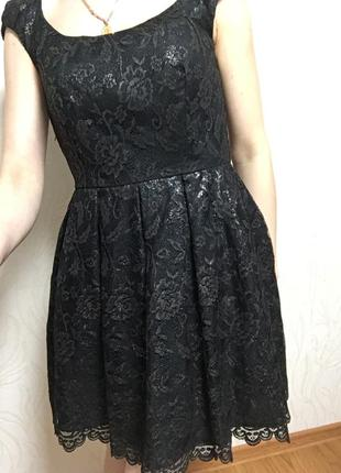Платье веченее